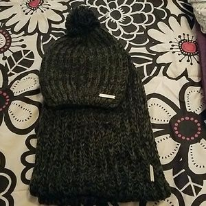 Bebe scarf and hat bundle